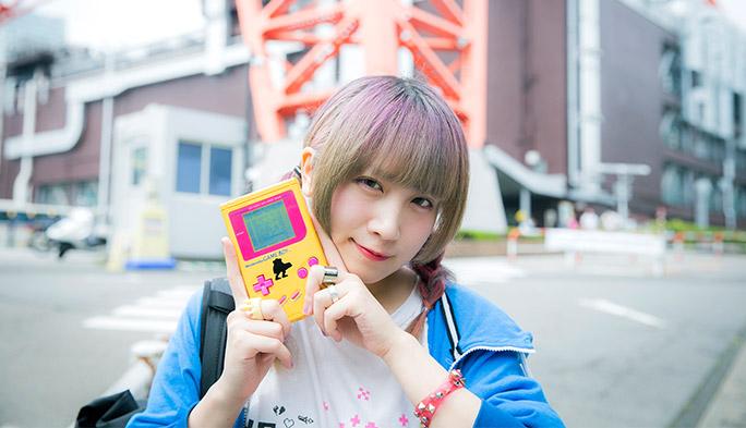 【ネット系女子!】ゲームボーイを使ってサウンドメイク! チップチューンアーティストTORIENAさん