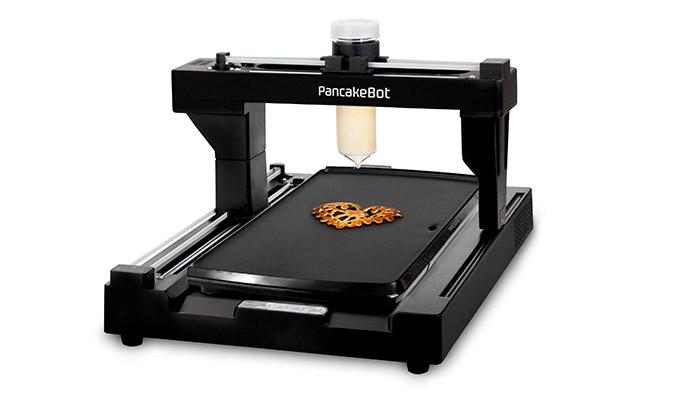 世界初! 描いたイラストを具現化して印刷? お絵かきパンケーキマシンが面白い