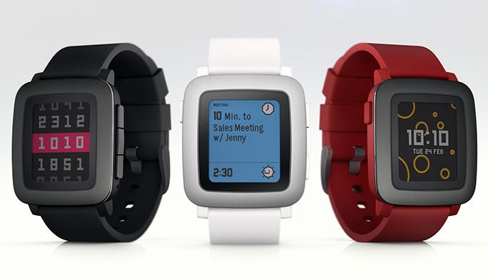 スマート化をコンパクトに! Pebble Timeはストラップで多機能化する