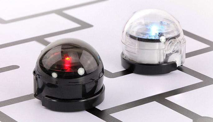 6歳からプログラミングを楽しく学べる知育玩具 小型ロボット『オゾボット』