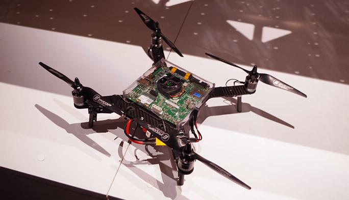 【世界のドローン13】いよいよ姿を見せたParrotが開発するGPU搭載の空飛ぶスパコン『Kalamos』