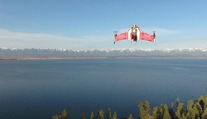 【世界のドローン31】まるでXウィング? 垂直離陸後に高速飛行する『X PlusOne』