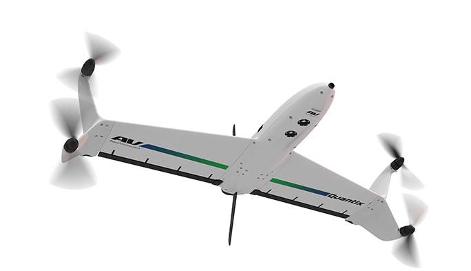 【世界のドローン47】垂直離着から水平飛行へ華麗にフライトするテイルシッター型探知ドローン「Quantix」