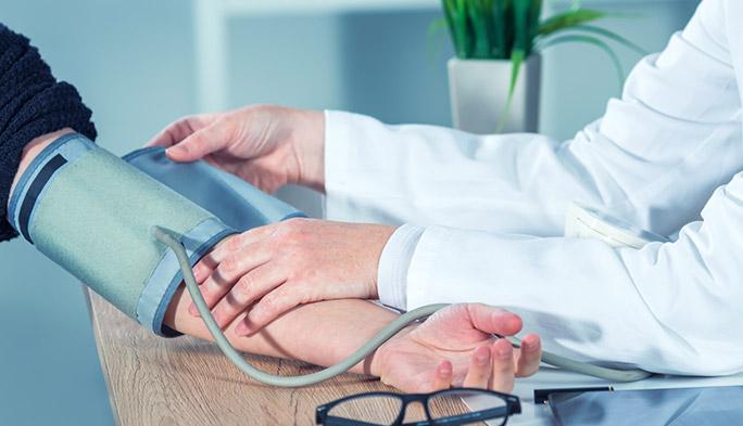 体温、血圧はスポンジで測る? ヘルスケアデバイスの開発がサウジアラビアで進行中