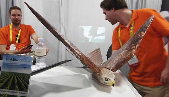 【世界のドローン56】今年もCESはドローン展示が大盛況 多彩な機能とアイデアでさらに用途が広がる