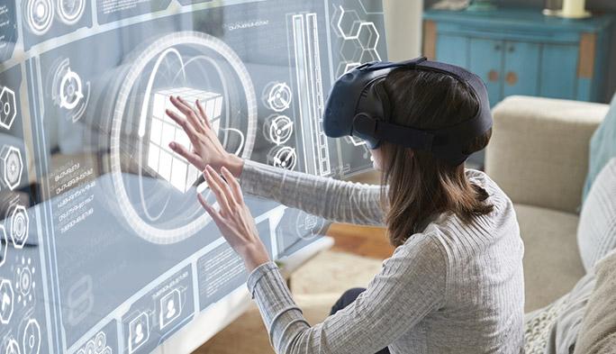 VRやARとどこが違う? MR(複合現実)の仕組みと代表例『Microsoft HoloLens』を解説