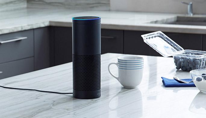 Siriとの覇権争いに!? Amazonの音声アシスタント「Alexa」とは?