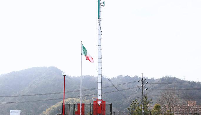 【基地局探訪記 その3】 トリコローレ・イタリアーノに彩られた基地局を訪ねて