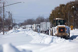 消火栓を雪から掘り出すリアル位置ゲーム? GPSで除雪を効率化