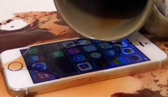 吹きかけるだけで3年間iPhoneの防水ができる!? 専用スプレー「Impervious」
