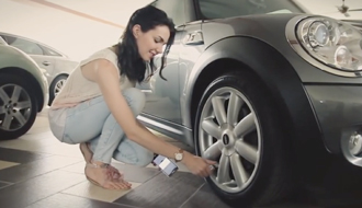 空気圧の減り具合をスマートフォンで管理! タイヤ監視システム『FOBO Tire』