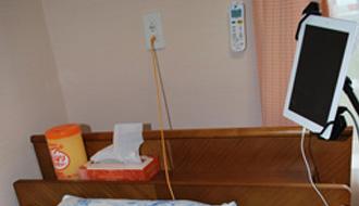 サービス付き高齢者向け住宅における、KDDIのICT(情報通信技術)活用実証実験