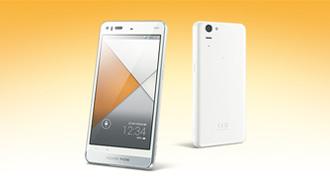 au2013冬モデル特集「AQUOS PHONE SERIE SHL23」 長寿命はそのままフルHDのIGZOに進化